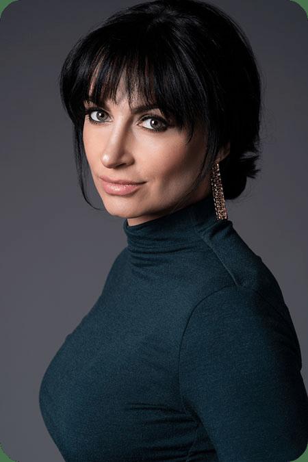 Dr. Darya Timin